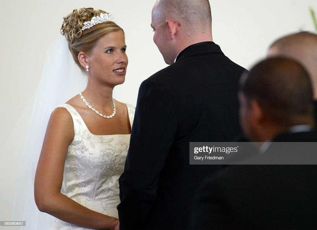 the daughter of l a times sportswriter t j simers is married to
