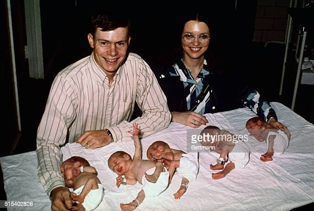 The Davis quintuplets and their parents Jerry and Debbie Davis pose for a family portrait their first since the quintuplets' birth on July 18 The...