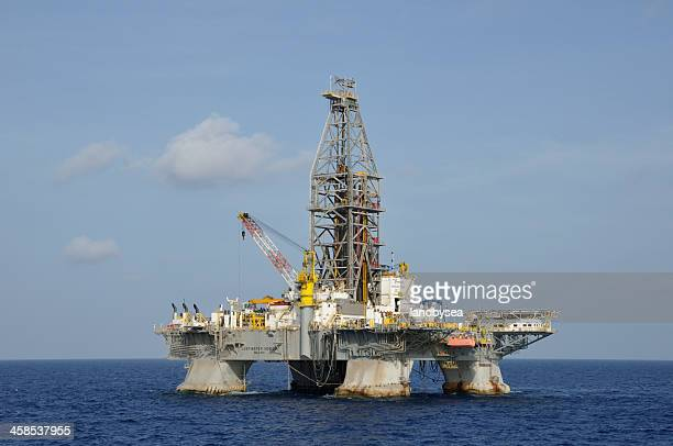 the deepwater horizon - deepwater horizon stock pictures, royalty-free photos & images