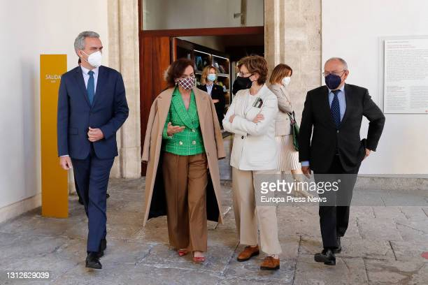 The delegate of the Government in Castilla y Leon, Javier Izquierdo, the first vice-president of the Government, Carmen Calvo, the director of the...