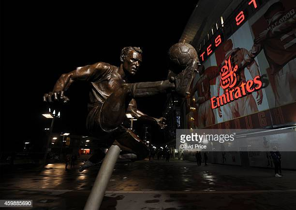 The Dennis Bergkamp statue outside Emirates Stadium before the match between Arsenal and Southampton in the Barclays Premier League at Emirates...