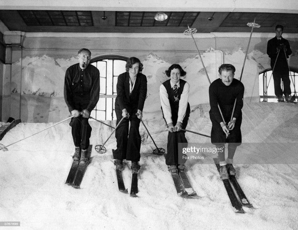 Indoor Skiing : News Photo