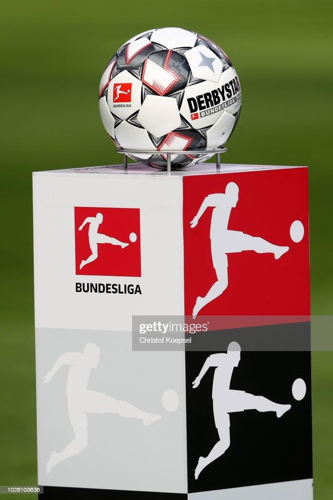 Bayer 04 Leverkusen v VfL Wolfsburg - Bundesliga : News Photo
