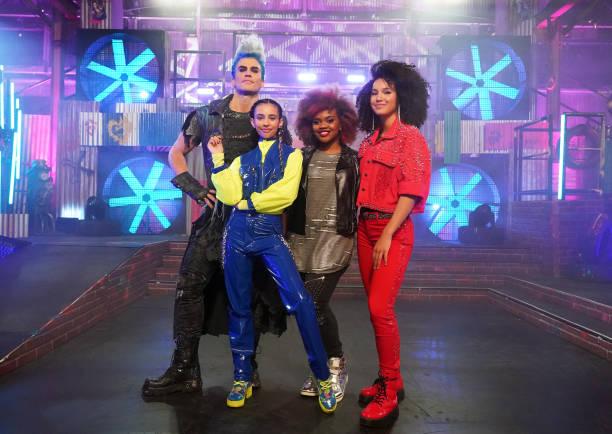 """CA: Disney Channel's """"Descendants Remix Dance Party"""""""