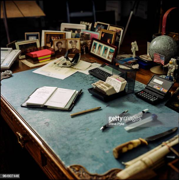 The desk of American astronaut Alan Bean Houston Texas 23rd July 1998 Bean was the lunar module pilot on the Apollo 12 mission and later spacecraft...