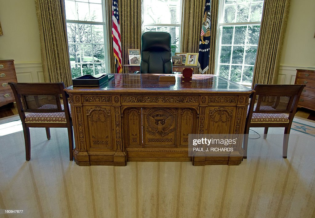 inside the oval office. The Desk That US President George W. Bush Uses, Seen Inside Oval Office D