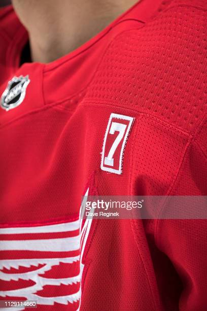 The Detroit Red Wings wear the number 7 in honor of the late former Red Wing Ted Lindsay during warmups prior to an NHL game against the New York...