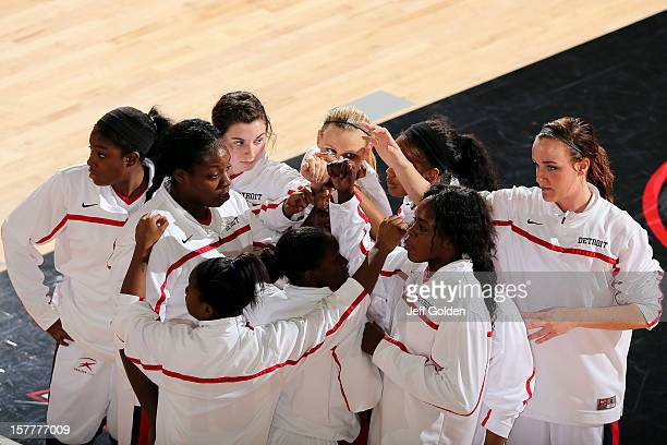 The Detroit Titans huddle before the game against the South Alabama Jaguars at The Matadome on November 24 2012 in Northridge California South...