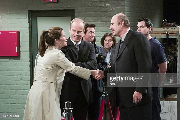 FRASIER The Devil Dr Phil Episode 21 Pictured Peri Gilpin as Roz Doyle Kelsey Grammer as Dr Frasier Crane Phil McGraw as Dr Phil