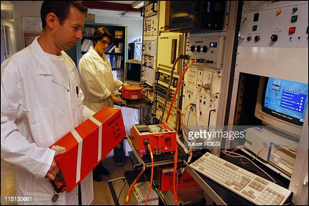 RESEDA the DGA laboratory that makes flight recorders 'talk' in Bretigny Sur Orge France in March 2003 Reading of the data recorded by the the flight...