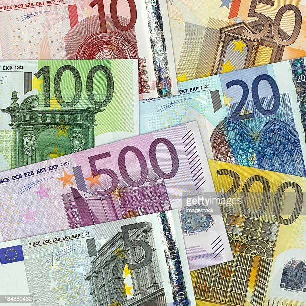 The different bills of the Euro on a graph