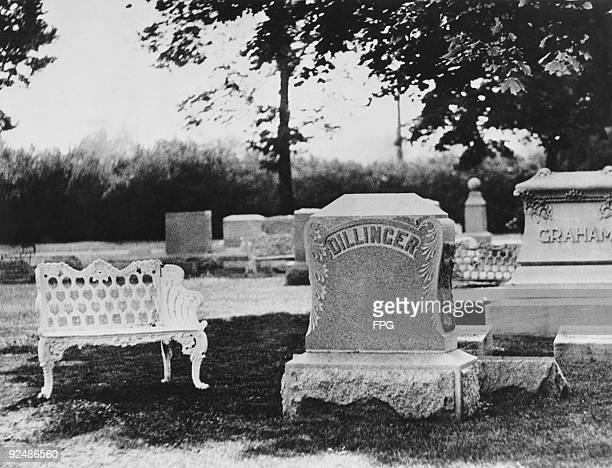 The Dillinger family plot in Crown Hill Cemetery Indianapolis 25th July 1934 It is here that American bank robber John Dillinger will be laid to rest...