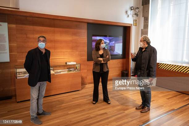 The director of the Museu d'Història de Barcelona talks to the mayor of Barcelona Ada Colau inside the museum in the scheduled visit to the center...