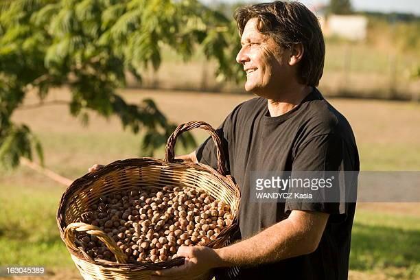 The Discovery Of The Corsican Cooking A la découverte d'une région du monde par sa gastronomie Cette semaine la Corse Charles SFORZINI producteur et...
