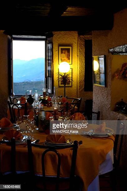 The Discovery Of The Corsican Cooking A la découverte d'une région du monde par sa gastronomie Cette semaine la Corse tables dressées dans l'une des...
