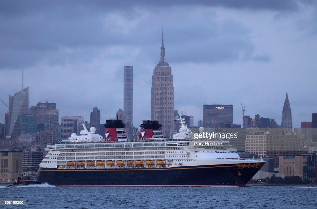 Disney Magic Cruise Ship In New York City Pictures Getty Images - Pictures of the disney magic cruise ship