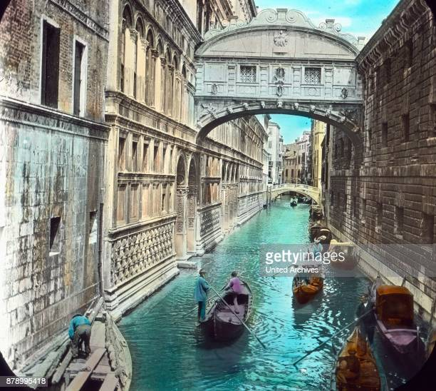 The Doge's Palace is connected to the state prison by an arch bridge that makes 10 meters high above the water of the canal every attempt to escape...