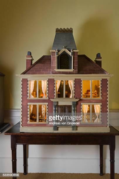 the doll's house at wallington, northumberland - モーペス ストックフォトと画像