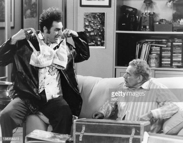 SEINFELD The Doorman Episode 18 Pictured Michael Richards as Cosmo Kramer Jerry Stiller as Frank Costanza