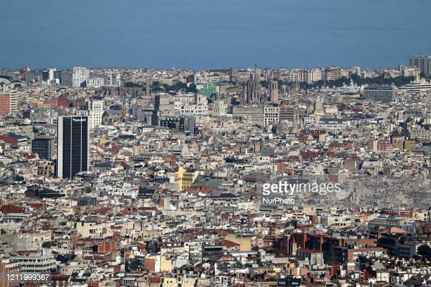 The down town and the cathedral Barcelona reaches historic lows in air pollution on 06th May 2020