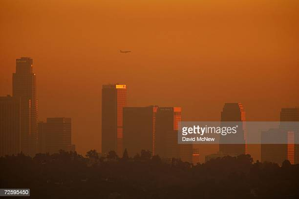 The downtown skyline is enveloped in smog shortly before sunset on November 17 2006 in Los Angeles California Earlier this month the South Coast Air...