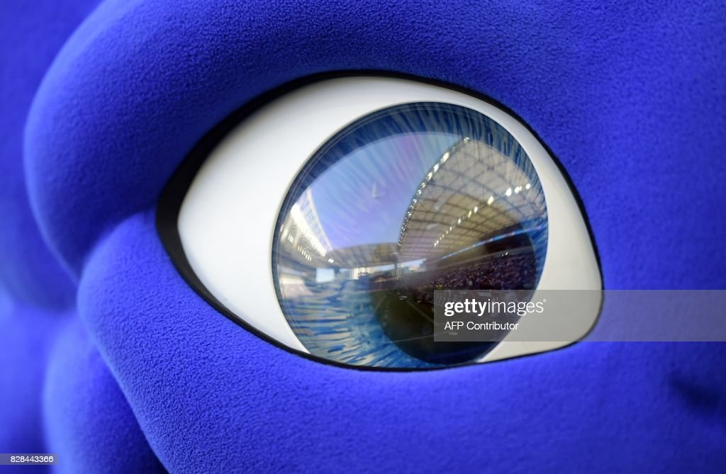 The Dragao stadium is reflected on the eye of