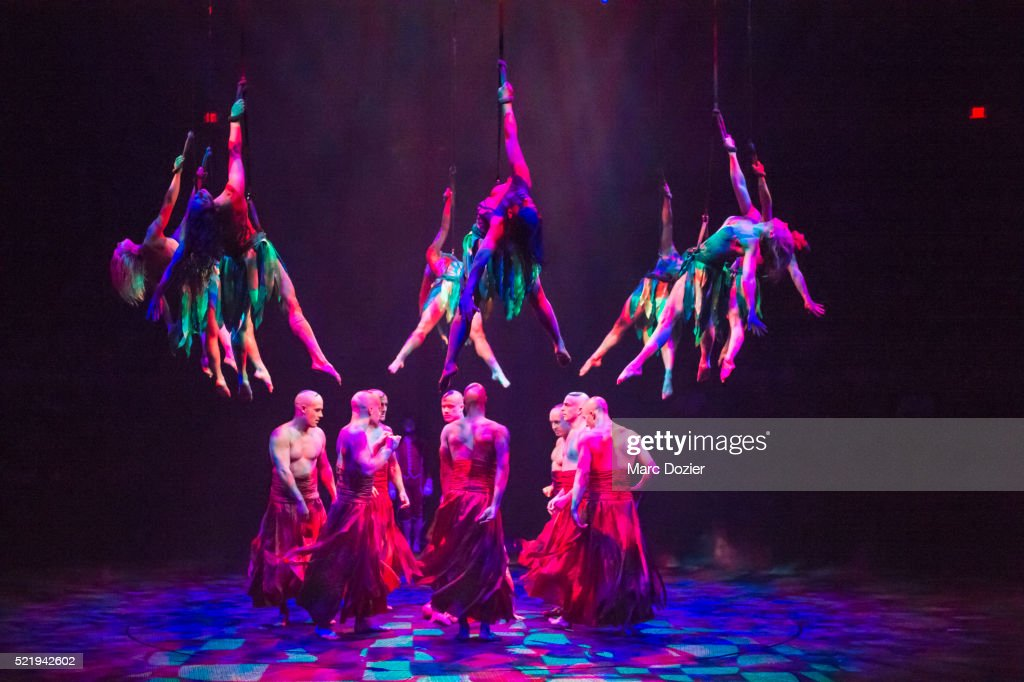 The Dream Le Reve Show In Las Vegas Stock Photo | Getty Images