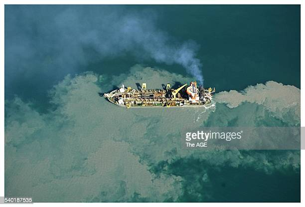 The dredging ship Queen of the Netherlands at work in the south channel Port Philip Bay 2nd September 2005 THE AGE NEWS Picture by CRAIG ABRAHAM