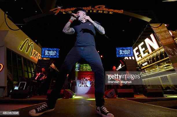 Dropkick Murphys Pictures and Photos - Getty Images