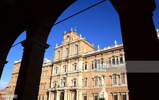 ドゥカーレ宮殿モデナ、イタリア)