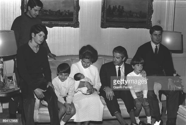 The Duchess of Alba with her newborn daughter Eugenia her husband Luis Martinez de Irujo y Artacoz and her children Alfonso Jacobo Fernando Cayetano...