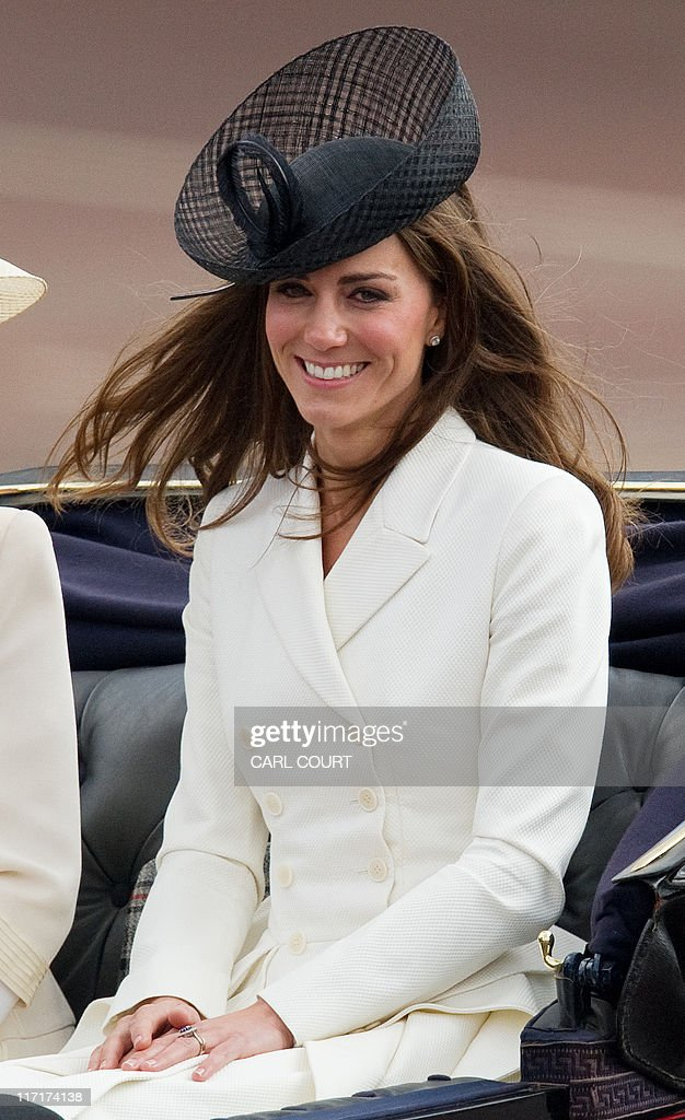 The Duchess of Cambridge looks on as she : News Photo