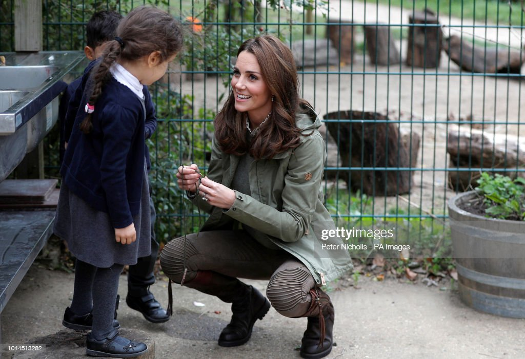 The Duchess of Cambridge visit to school : News Photo