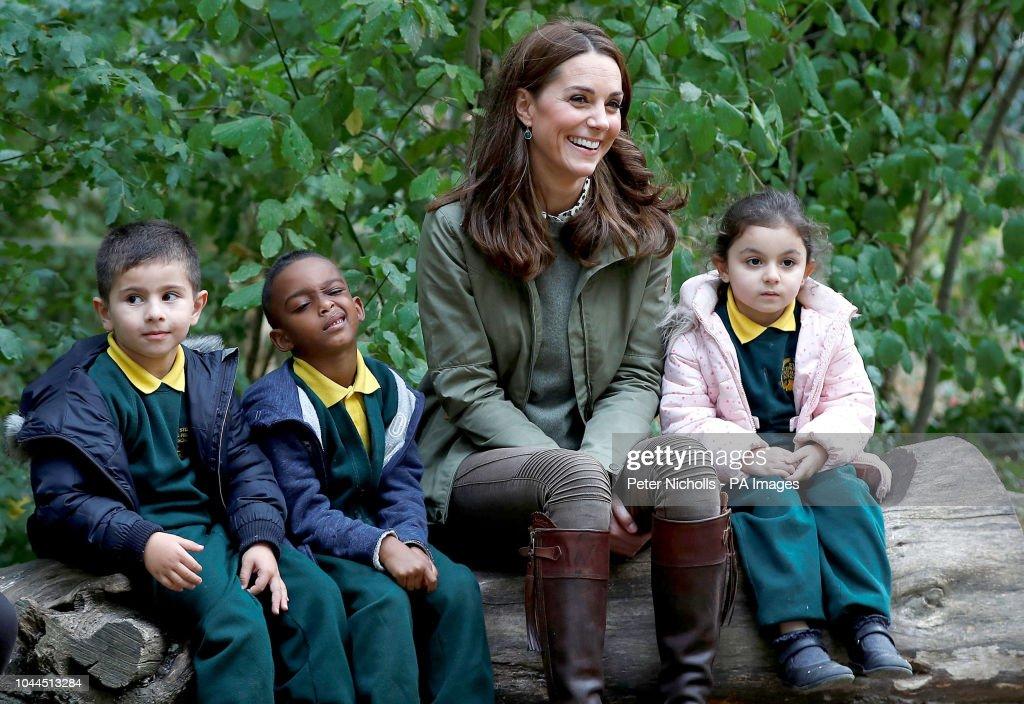 The Duchess of Cambridge visit to school : News Photo