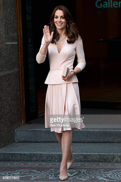 The Duchess of Cambridge visits the 'Vogue 100 A Century Of Style' exhibition at National Portrait Gallery on May 4 2016 in London England The...