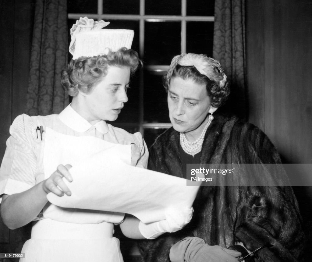 the duchess of kent reads the nightingale training school