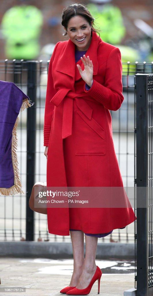 Royal visit to Birkenhead : News Photo
