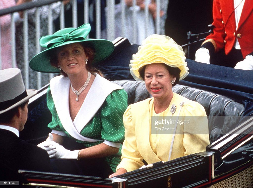 Sarah Ferguson And Princess Margaret : ニュース写真