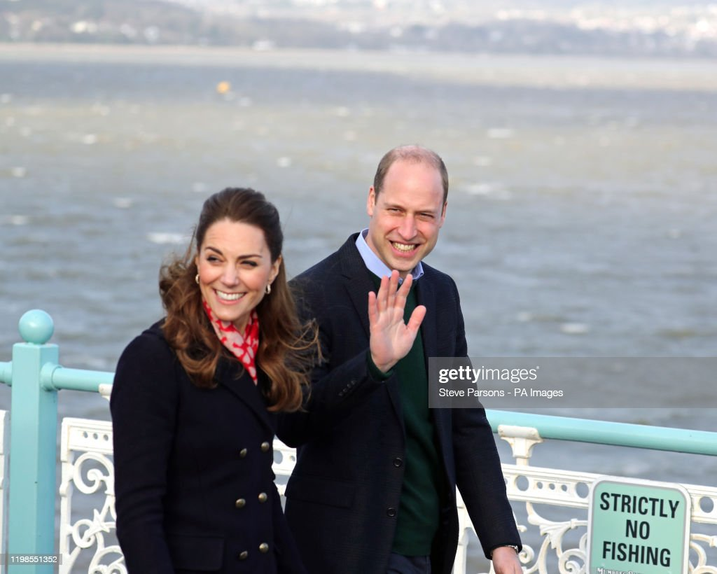 The Duke and Duchess of Cambridge visit south Wales : Nieuwsfoto's