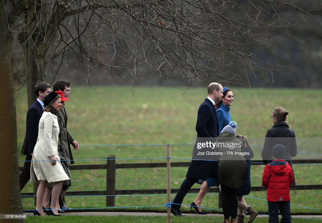 Royals attend church : News Photo