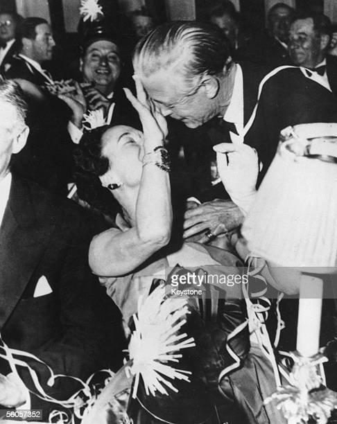 The Duke and Duchess of Windsor celebrate the New Year at the Sherry Netherlands Hotel in New York, 1st January 1952.