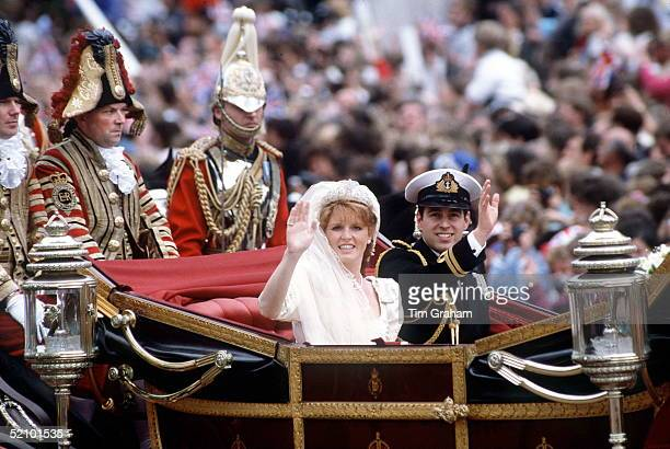 The Duke And Duchess Of York On Their Wedding Daythe Footman On The Back Of The Carriage At Right Behind Prince Andrew Is In Fact A Royalty...