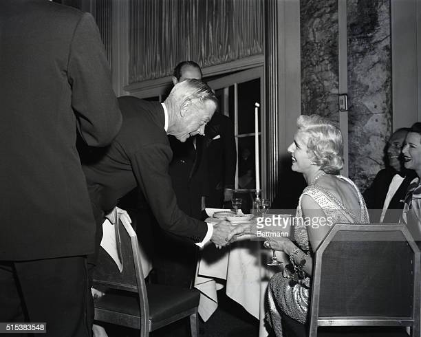 The Duke of Windsor congratulates Mrs Clare Boothe Luce during a testimonial dinner for her last night at the WaldorfAstoria Hotel The former US...