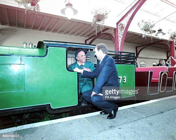 The Duke Of York Talks With Teddy Askey Mbe The Driver Of The News Photo Getty Images