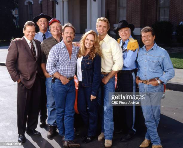 The Dukes of Hazzard: Hazzard in Hollywood, a made for TV movie, originally broadcast May 19, 2000. Group shot of cast members, left to right: Sonny...
