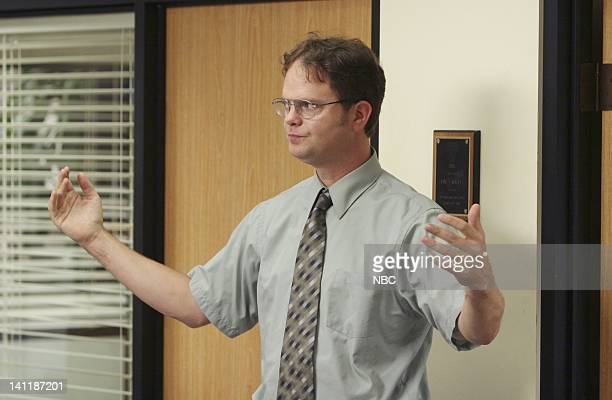 THE OFFICE The Dundies Episode 1 Aired Pictured Rainn Wilson as Dwight Schrute Photo by Justin Lubin/NBCU Photo Bank