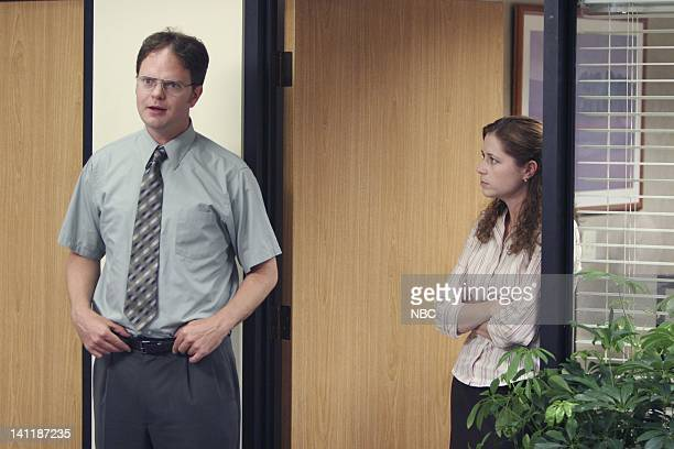 THE OFFICE The Dundies Episode 1 Aired Pictured Rainn Wilson as Dwight Schrute and Jenna Fischer as Pam Beesly Photo by Justin Lubin/NBCU Photo Bank