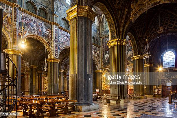 the duomo di cremona or cremona cathedral. - cremona foto e immagini stock