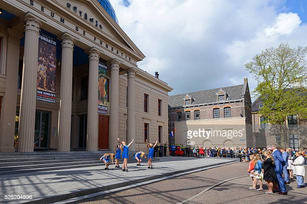 the dutch royal family during kingsday 2016 in zwolle - princess alexia of greece stock pictures, royalty-free photos & images