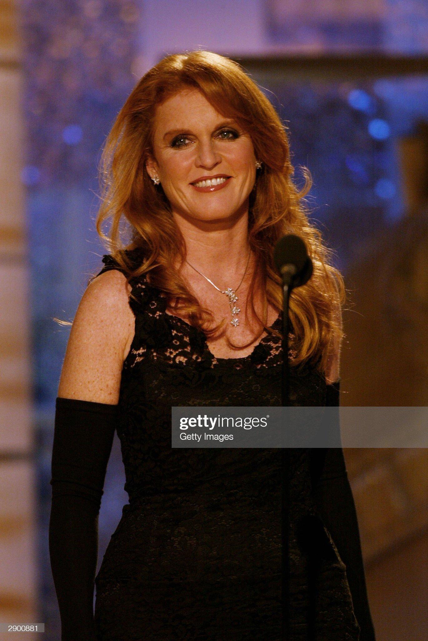 Вечерние наряды Отем пока еще Филлипс и Сары Йоркской 61st Annual Golden Globe Awards - Show : News Photo